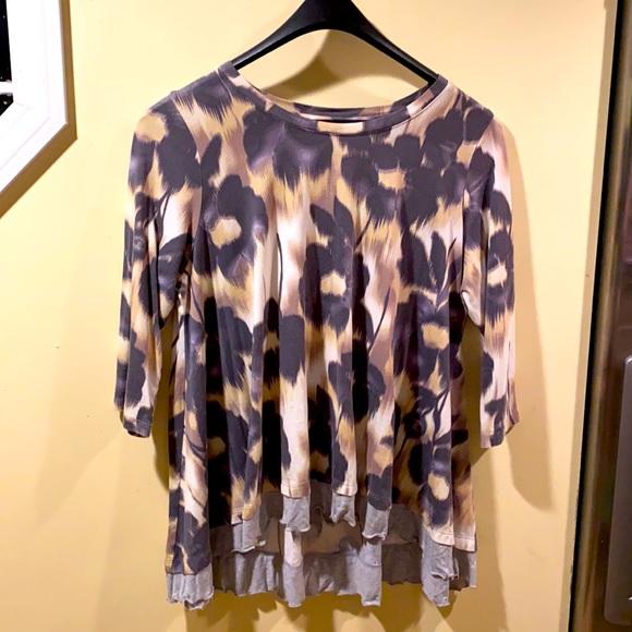 LOGO by Lori Goldstein Beautiful tunic